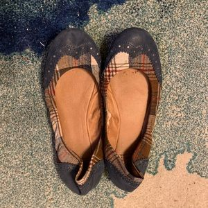 Lucky Brand Canvas and leather flats size 10